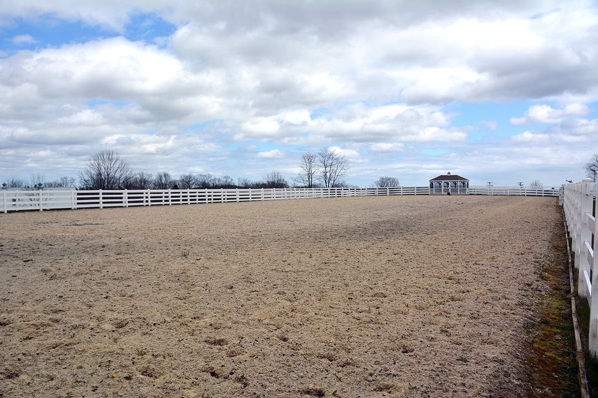Equestrian Center Pineland Farms Inc